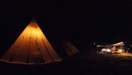 アクアヴィレッジの夜のテントサイト