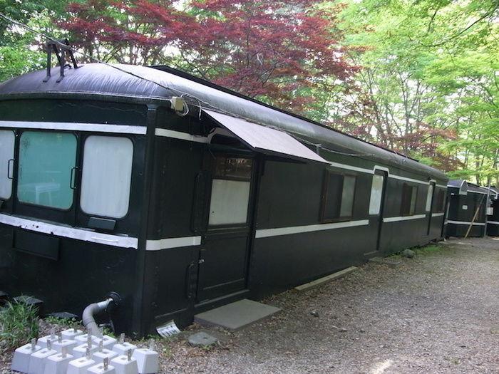 長瀞オートキャンプ場の電車型のバンガローの外観