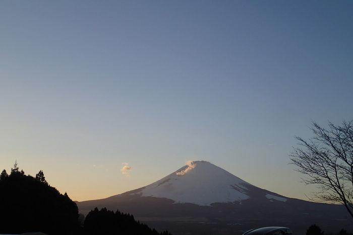空と富士山