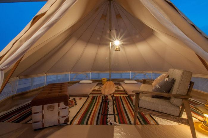 MIFUNE VILLAGEのテントの室内