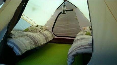 やんばるロハスでもグランピングのテント内