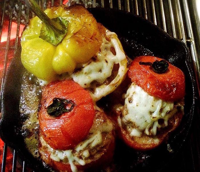 パプリカとトマトのファルシ