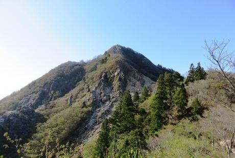 鎌ヶ岳の全体写真