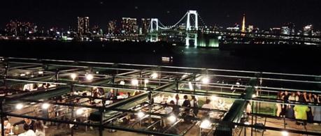 デジキュー デックス東京ビーチ店から言える東京湾の夜景