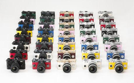 様々なカラーバリエーションのPRNTAX Q-S1