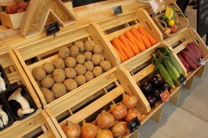 センターハウスにあるマルシェの野菜