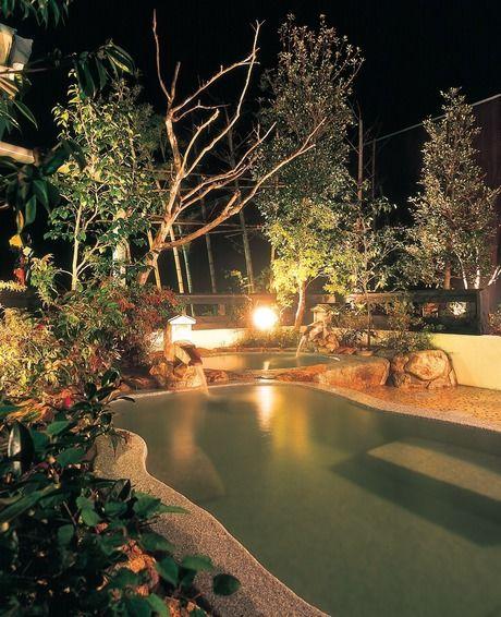 ライトアップされたるり渓温泉