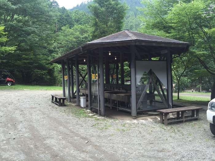 ボスコキャンプベースの炊事棟