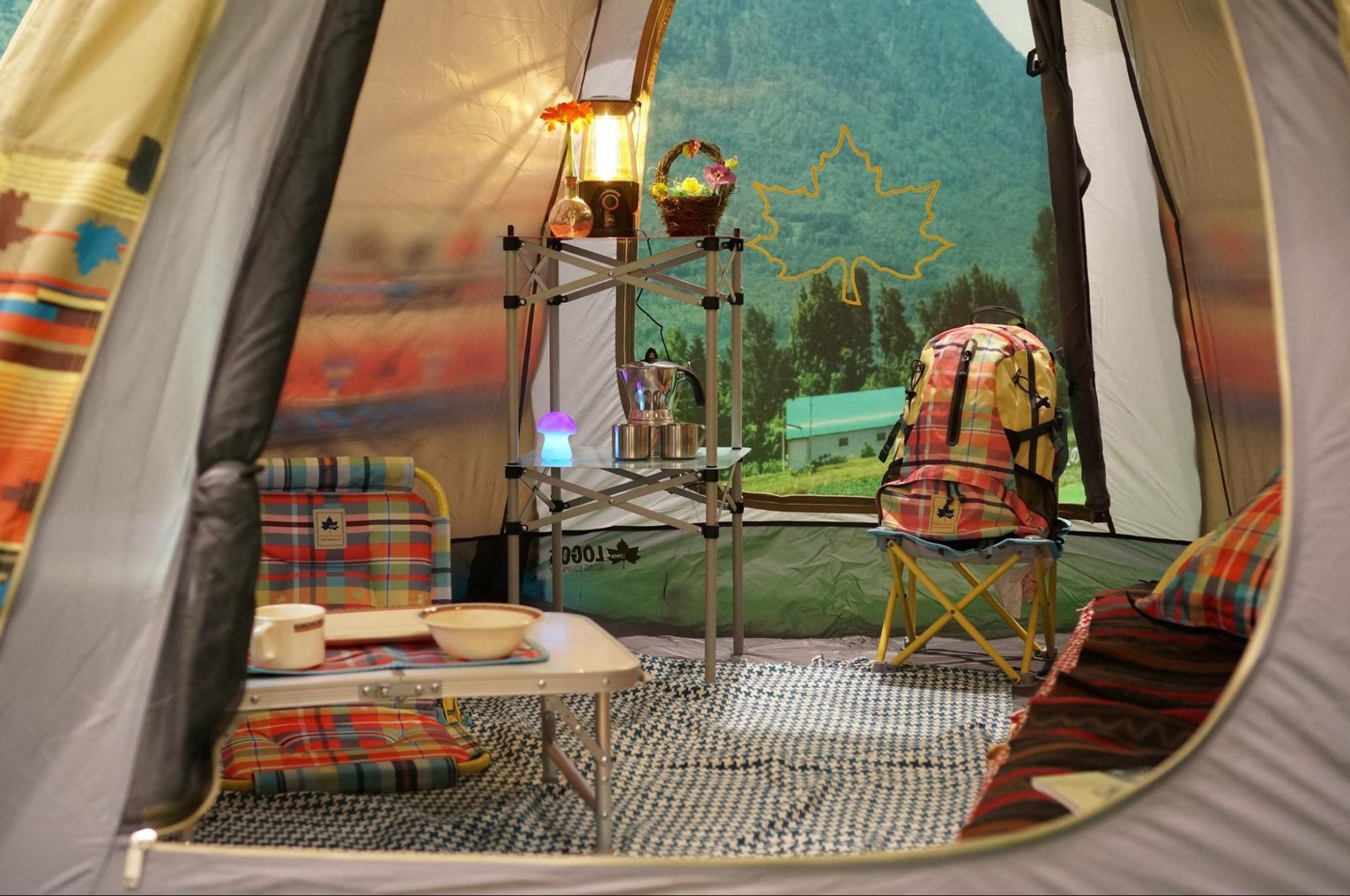 人気抜群♡ロゴスのワンポールテントなら、可愛く快適にキャンプが楽しめる!