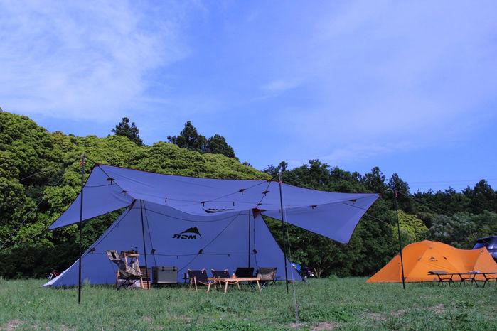 虫が苦手な方でも思いっきり楽しめる森のまきばオートキャンプ場のテント