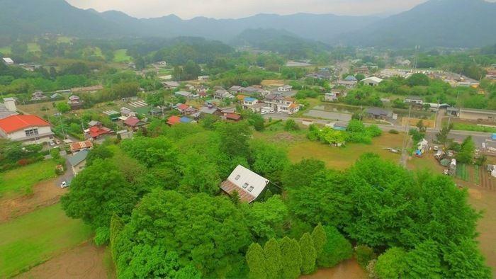 栃木県・佐野にあるカフェブロッサムの上空写真