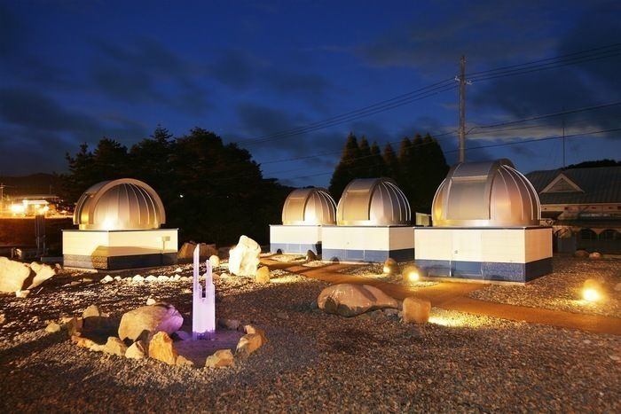 るり渓のグランピングスポット「GRAX」の遊星館の天体観測ドーム