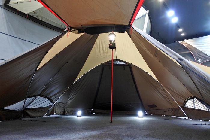 コールマンのテント、ウェザーマスター 4S クレストの室内