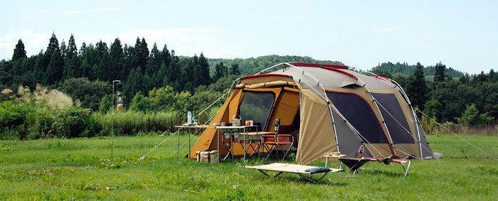 スノーピークのランドロックのテントサイトの外観