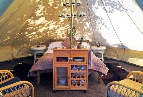 グランピングの寝室