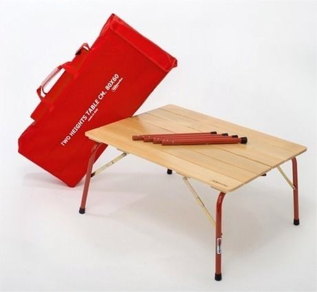 カステルメルリーノのハイ&ロー折りたたみ木製テーブル