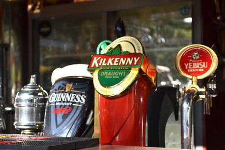 日比谷サローのビールサーバー
