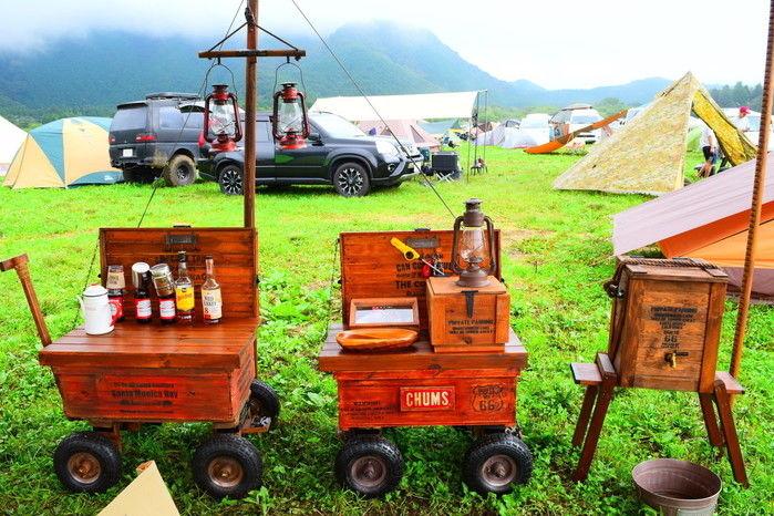 木製のキッチンサイト