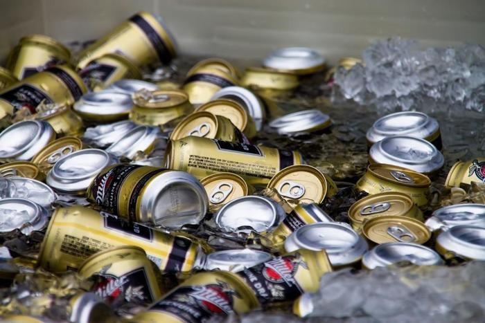 ビールの缶