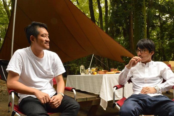対談する水谷さんと井川さん