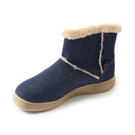 コロンビアのデニム素材のブーツ