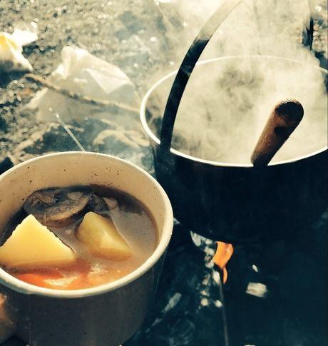 キャンプツーリングでの食事