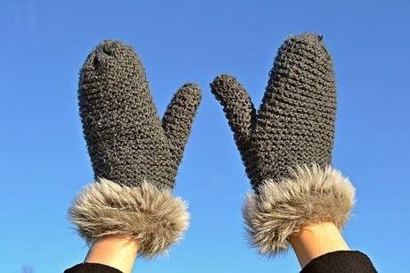 ミトン型の温かい手袋