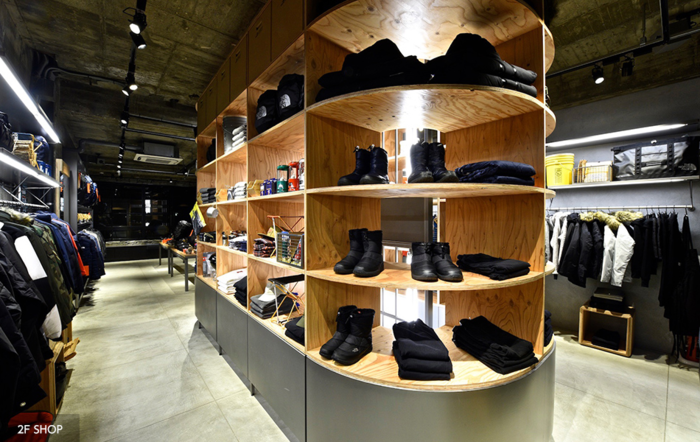 THE NORTH FACE STANDARD 京都の店内
