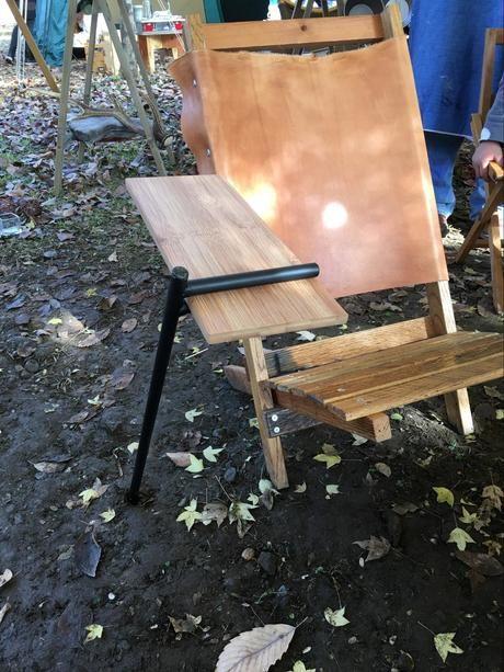 長瀞のペアフェスタの池田舎さんのサイドテーブル