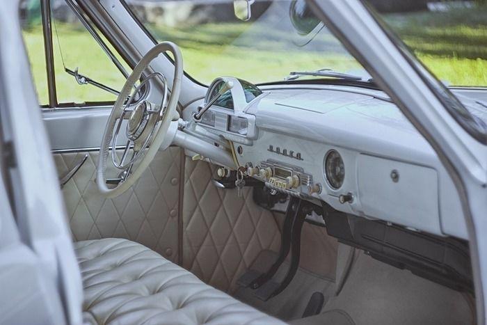 バンコンの運転席