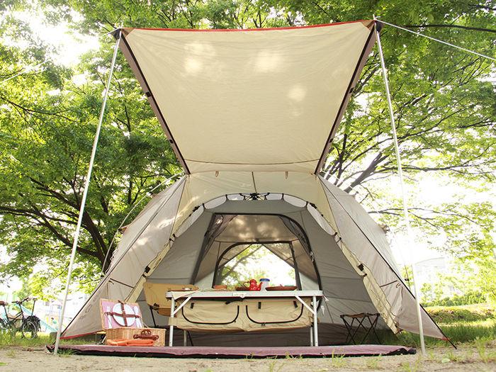 簡単に設営できるワンタッチテント