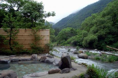 箱根湯本の露天風呂