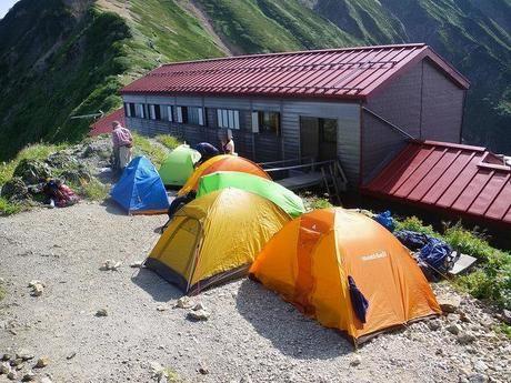 テントと山小屋