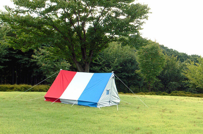 アウトドアショップディセンバーのテント