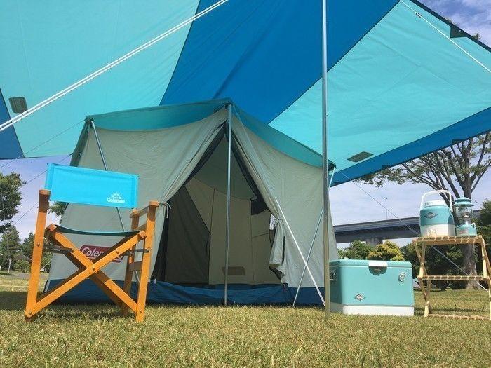 コールマンのブルーのテント