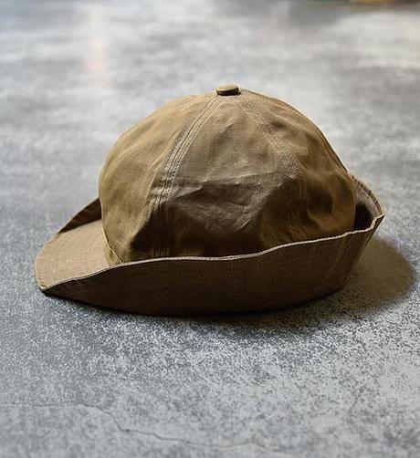 マウンテンリサーチのコットンパラフィンの雨除け帽