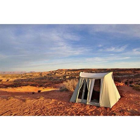 荒野に立てたテント