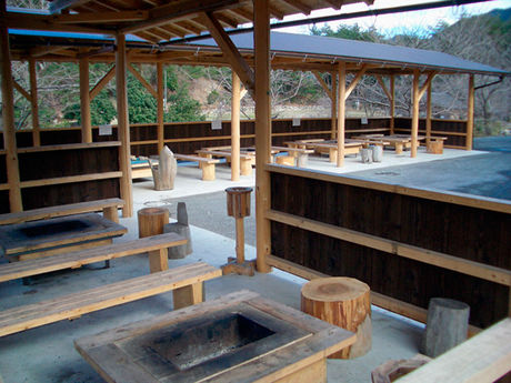 滋賀の高取山ふれあい公園のバーベキューサイト