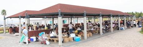 大阪にある二色の浜公園のバーベキュー場の様子