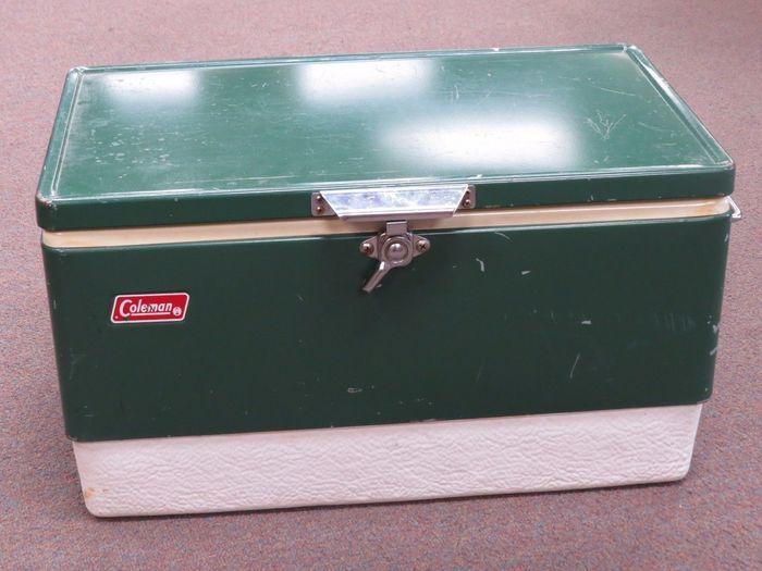 コールマンのヴィンテージクーラーボックス