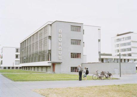 エフシーイーの工場