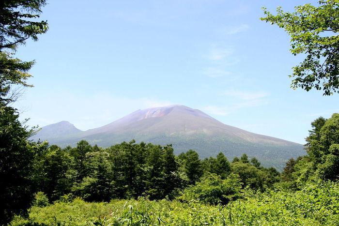 北軽井沢スウィートグラスから目の前で見る事が出来る浅間山の景色