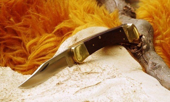 狩猟用のナイフ