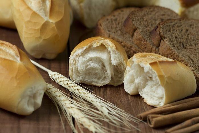 小麦と様々なパン