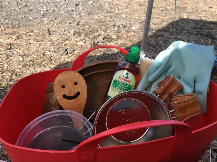 環境にやさしい洗剤と食器