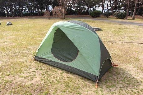 設営完了したテント
