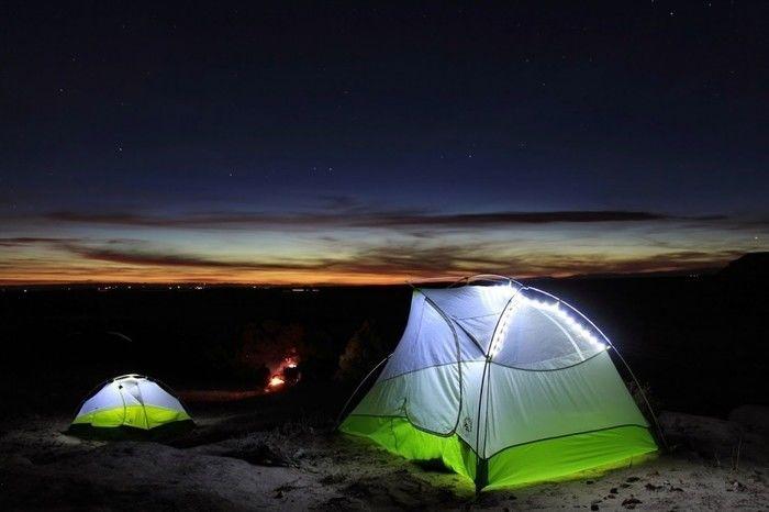 ビッグアグネスのLED付きテント