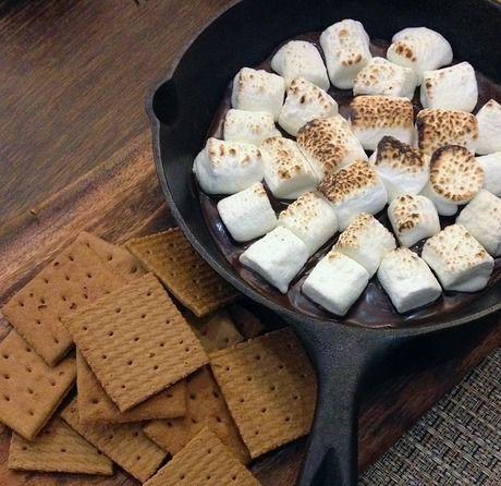 クッキーと焼かれたマシュマロ