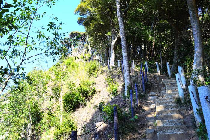 建長寺から続く階段