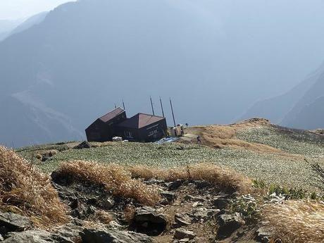 谷川岳肩ノ小屋の外観